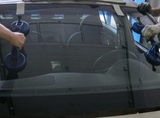 mobil szélvédő javítás